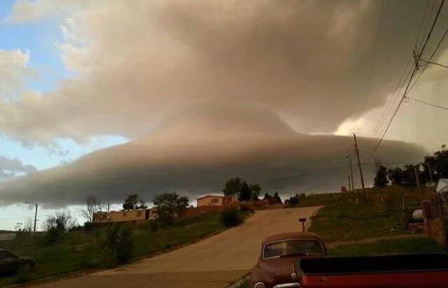 ufo las vegas, ufo cloud las vegas, ufo lenticular cloud las vegas