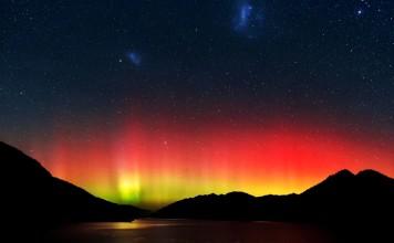 aurora australis fire, aurora australis march 2016, fire aurora australis, best aurora australis, best aurora australis pictures, aurora australis fire photo march 2016