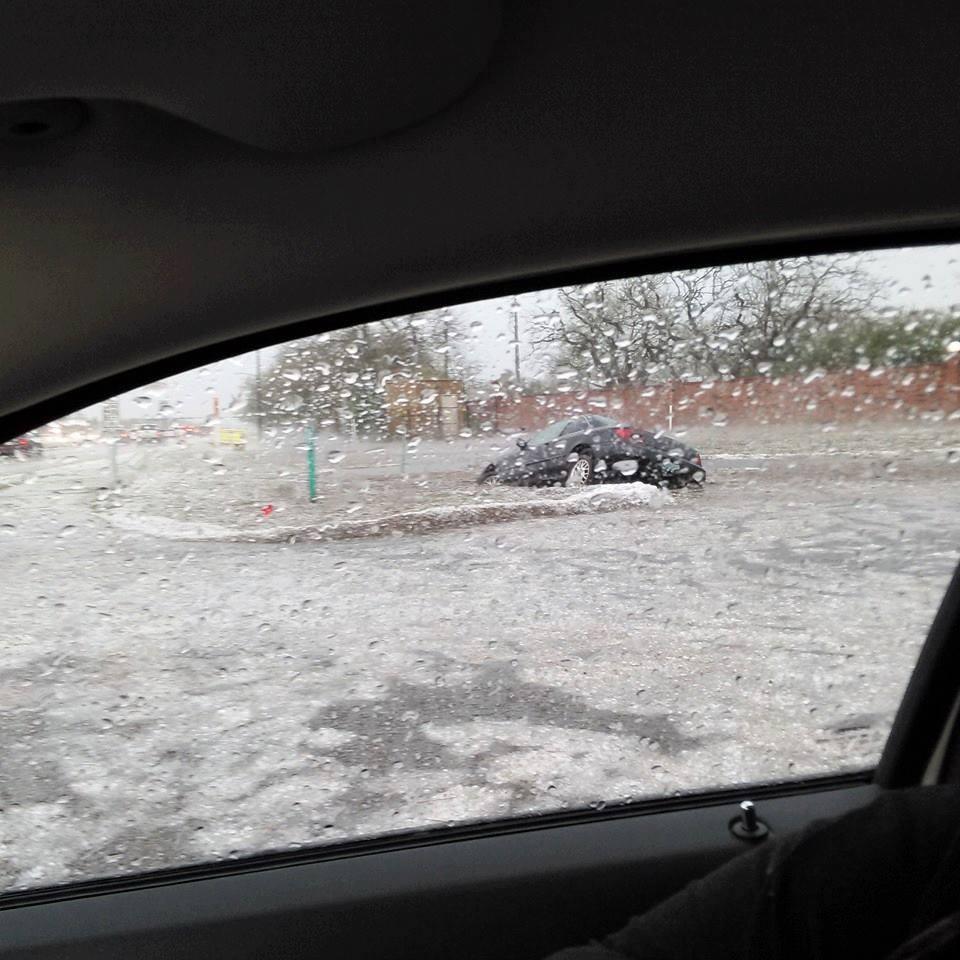 A violent hailstorm engulfed Osceola County, Florida on March 26, 2016. Florida-hailstorm-3