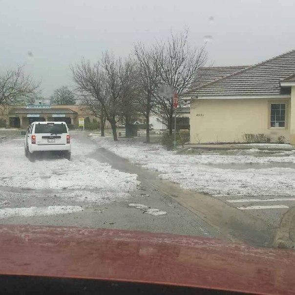 A violent hailstorm engulfed Osceola County, Florida on March 26, 2016. Florida-hailstorm-8