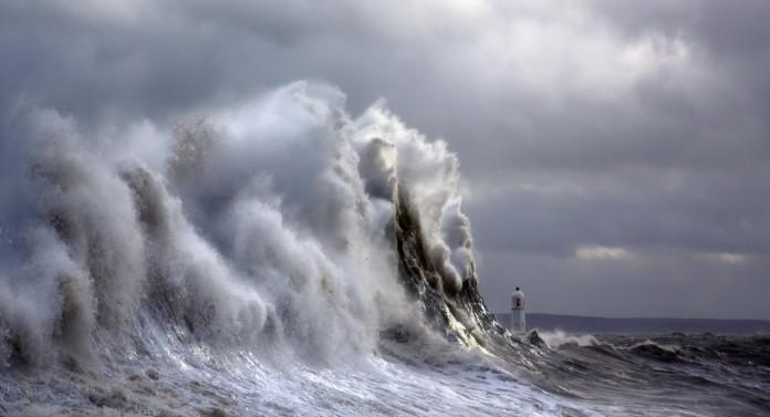 giant wave, giant waves, largest waves, largest waves in the world, surf largest wave in the wolrd, giant waves around the world