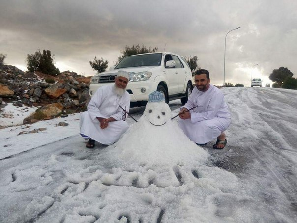 hail oman, oman hail, samail oman hail, samail hail, oman pounded by hailstorm, oman hail pictures, oman hailstorm video, oman hailstorm march 1 2016