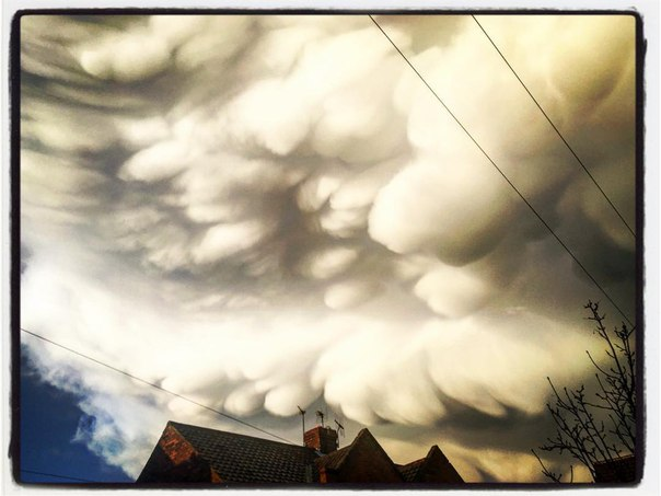 mammatus clouds york, york mammatus clouds, york mammatus clouds march 2016, york mammatus clouds march 27 2016 pictures, mammatus clouds york march 27 2016 photo, york mammatus march 2016 video, york mammatus clouds easter 2016 pictures and video
