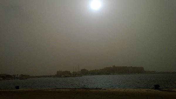 red rain sahara dust europe, sahara sand europe, sahara sand engulfs europe, sahara sand expeted to trigger red rain in europe, europe red rain sahara dust italy