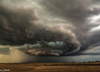 tornado macomb, tornado macomb illinois, tornado macomb pictures, tornado macomb video