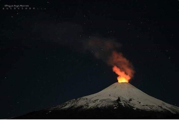 3 volcans entrent en éruption le 16 avril 2016, l'éruption du volcan avril 2016, augmentation de l'activité volcanique dans le monde entier, une éruption volcanique 16 avril 2016, 3 volcans éclatent simultanément le 16 Avril 2016