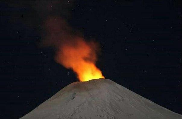 3 volcanoes erupt april 16 2016, volcano eruption april 2016, increased volcanic activity worldwide, volcanic eruption april 16 2016, 3 volcanoes erupt simultaneously on April 16 2016
