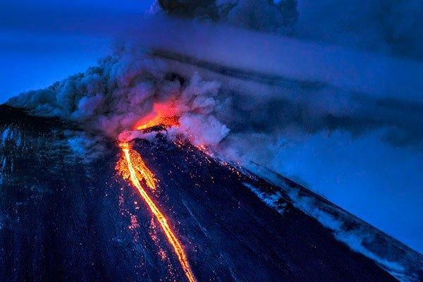 Klyuchevskaya Sopka eruption april 26 2016, Klyuchevskaya Sopka eruption april 26 2016 pictures, volcanic unrest april 2016, volcano eruption april 2016 volcanic unrest worldwide april 2016, link volcano eruption climate change, climate change vs volcanic eruptions