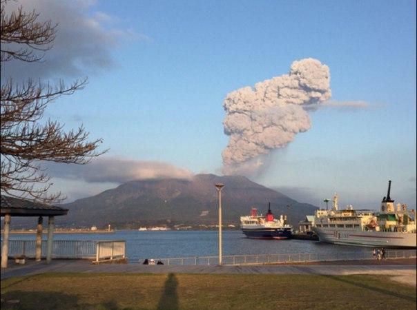 Sakurajima eruption april 2 2016, eruption april 2016, volcanic eruption april 2 2016, Sakurajima eruption april 2 2016 picture, Sakurajima eruption april 2 2016 video, Sakurajima eruption april 2 2016 picture and video