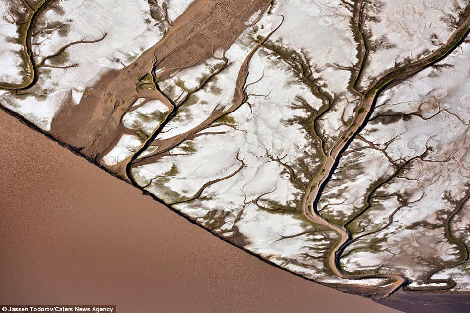 colorado river, colorado river picture, colorado river aerial picture, colorado river satellite picture, colorado river from above picture, colorado river aerial picture,