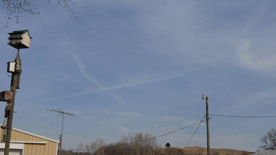 cross in the sky castana Iowa, cross castana Iowa, cross castana Iowa april 2016, cross appears in the sky of castana iowa, iowa cross in the sky