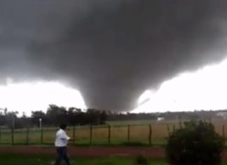 dolores tornado uruguay, dolores tornado uruguay april 15 2016, dolores tornado uruguay april 15 2016 pictures, dolores tornado uruguay april 15 2016 videos