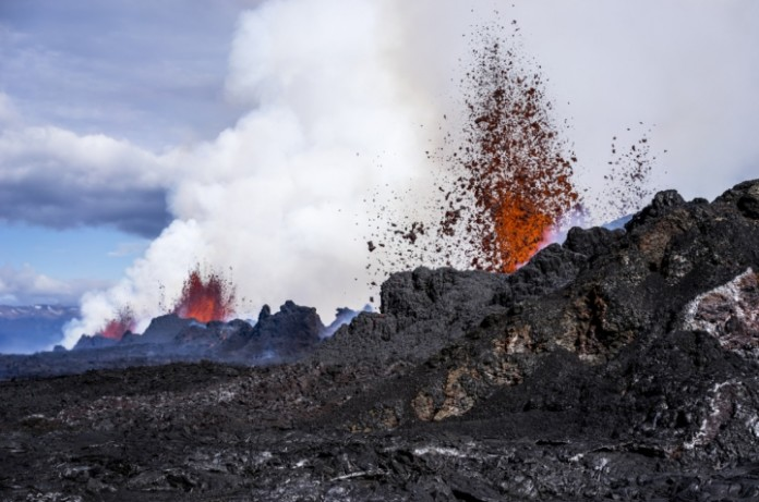 earthquake bardarbunga eruption april 2016, swarm of quakes hit Bardarbunga volcano, strong quake hits bardarbunga volcano iceland, iceland bardarbunga volcano hit by swarm of earthquake, earthquake swarm hit bardarbunga volcano april 2016