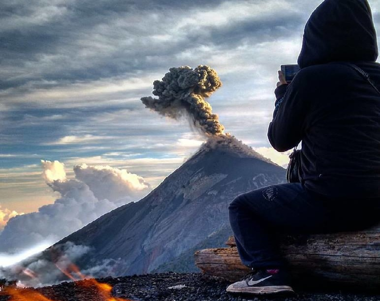 fuego volcano eruption april 12 2016, fuego eruption guatemala april 12 2016, fuego eruption april 12 2016, guatemala fuego eruption april 12 2016, fuego volcano eruption april 12 2016 picture, fuego volcano eruption april 12 2016 video