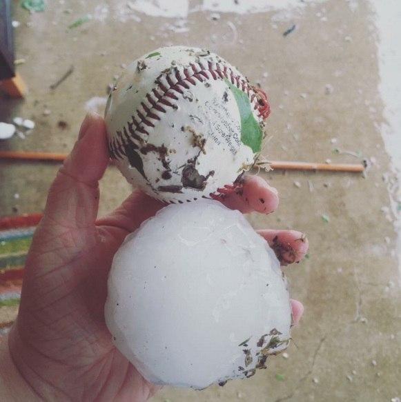 hailstorm texas april 11 2016, hailstorm dallas texas april 11 2016, hailstorm texas april 11 2016 video, hailstorm texas april 11 2016 pictures, hailstorm dallas texas april 11 2016 pictures and videos