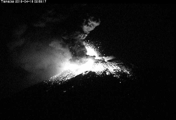 popocatepetl volcano eruption april 18 2016, popocatepetl volcano eruption april 18 2016pictures, popocatepetl volcano eruption april 18 2016 video, El Volcán Popocatépetl eruption, Se registra un incremento de actividad del volcán Popocatépetl