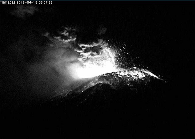 popocatepetl volcano eruption april 18 2016, popocatepetl volcano eruption april 18 2016pictures, popocatepetl volcano eruption april 18 2016 video, El Volcán Popocatépetl eruption, Se registra un incremento de actividad del volcán Popocatépetl
