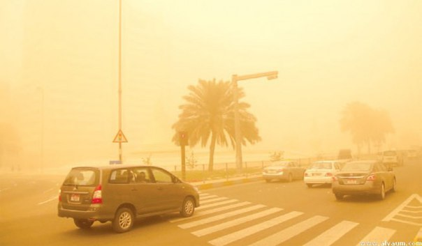 sandstorm algeria blood red sky, sand storm algeria, algeria sand storm april 2016, algeria red sky sandstorm april 2016, dust storm alregia april 2016