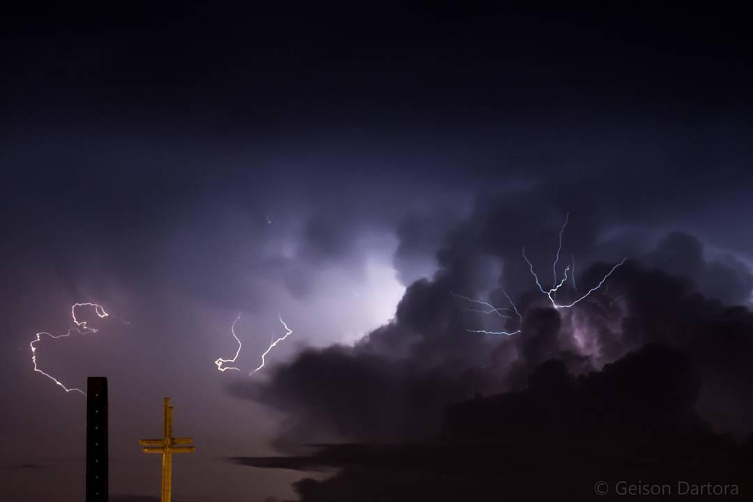 shelf cloud brazil rio Grande do sul, shelf cloud brazil pictures, monster shelf cloud brazil april 6 2016, shelf cloud brazil april 6 2016, rio grande do sul shelf clouds pictures