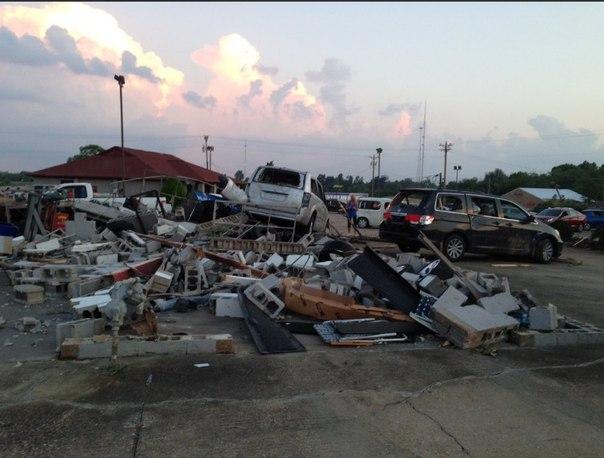 mayfield kentucky tornado, tornado mayfield, tornado kentucky, tornado mayfield kentucky, tornado mayfield kentucky video