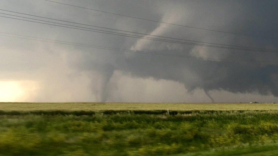 tornado dodge city kansas, tornado dodge city kansas pictures, tornado dodge city kansas video, tornado dodge city kansas may 24 2016