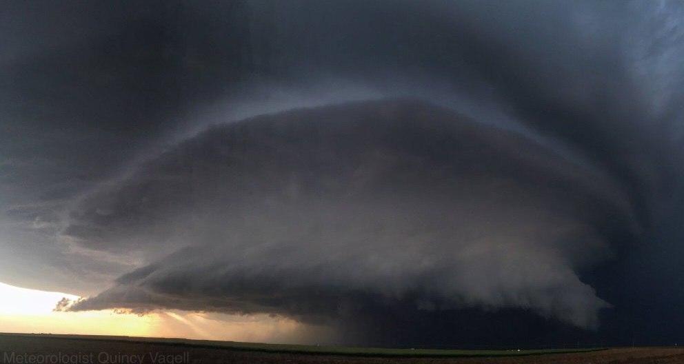 tornado surpercell leoti kansas, Creepy supercell and tornado touchdown in Leoti Kansas, tornado leoti kansas, leoti supercell kansas, leoti kansas tornado video, kansas tornado video and pictures