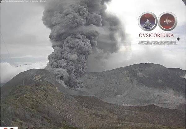 turrialba volcano 31 explosions 10 hours may 2016, turrialba volcano eruption may 2016, turrialba eruption may 2016, ashfall turrialba volcano costa rica, turrialba volcano may 2016 pictures