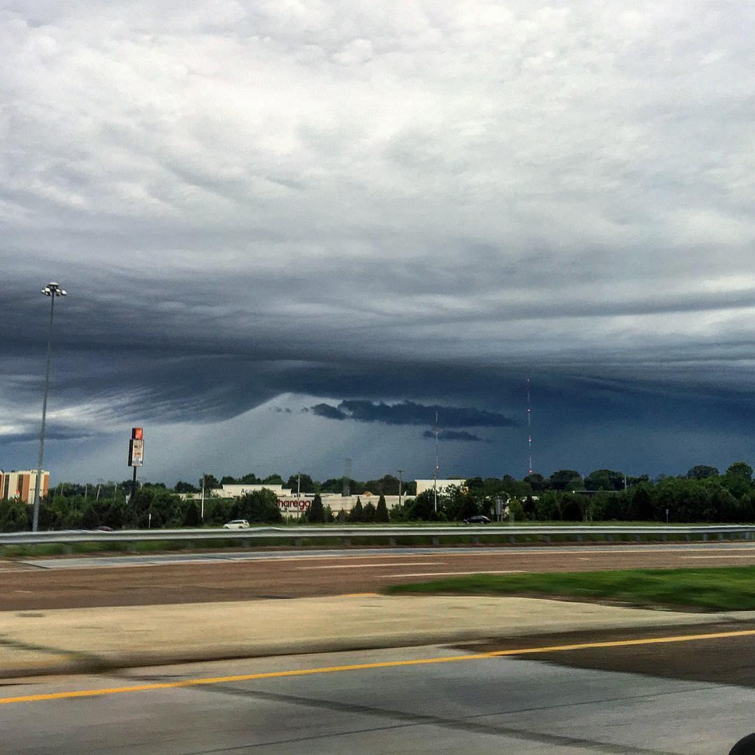 ufo σύννεφο Μέμφις, ufo σύννεφο Μέμφις εικόνες, ufo σύννεφο Μέμφις 2 Μαΐου 2016, φωτογραφίες UFO σύννεφο Μέμφις δύναται 2016, ufo σύννεφα Μέμφις 2 Μαΐου 2016 φωτογραφίες