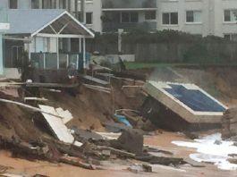 storm australia, deadly storm australia sydney, storm australia east coast, storm australia giant wave june 2016, storm australia giant waves destroy properties, giant waves destroy australian east coast june 2016, weather bomb australia june 2016, sydney weather apocalypse june 2016