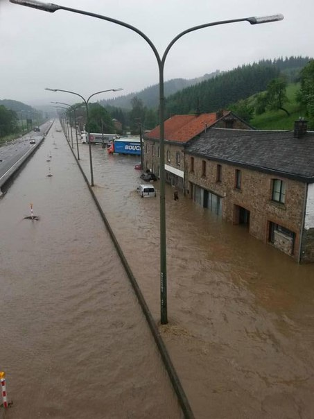 floods june 2016, floods europe june 2016, flood paris june 2016, floods paris 2016 pictures, floods worldwide june 2016, apocalyptical floods worldwide june 2016