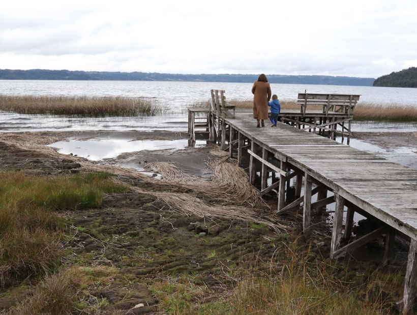lakes and rivers drying chile water crisis, water crisis chile, lakes disappear chile, lake dry up chile, water crisis los lagos chile