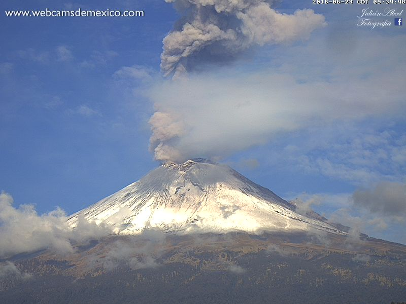 popocatepetl volcano eruption june 23 2016
