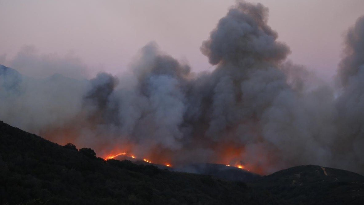 santa barbara wildfire sherpa, santa barbara wildfire, santa barbara fire sherpa, sherpa fire santa barbara, santa barbara sherpa fire, south california fire, sherpa fire santa barbara june 2016 pictures, sherpa fire santa barbara video, sherpa fire santa barbara pictures