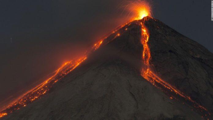 volcanic eruption video, volcanic eruption videos, volcanic eruption video june 2016, volcanic eruption video june 25 2016, latest volcanic eruption june 2016