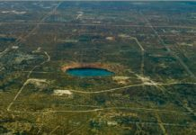 wink sinkhole growing, wink sinkhole, wink texas sinkhole, giant sinkholes expanding wink texas, wink sinkhole, wink texas sinkholes threaten wink and kermit, two giant sinkholes are expending between wink and kermit texas, wink texas sinkhole problem