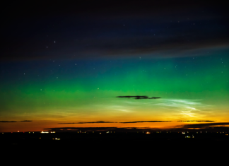 aurora noctilucent clouds calgary canada, aurora noctilucent clouds calgary canada july 2016, aurora noctilucent clouds calgary canada july 2016 pictures, aurora noctilucent clouds calgary canada video