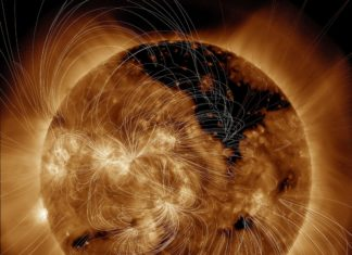 coronal hole, coronal hole july 13 2016, giant hole sun july 2016, giant coronal hole on the sun july 2016, Giant Hole Just Formed In The Sun