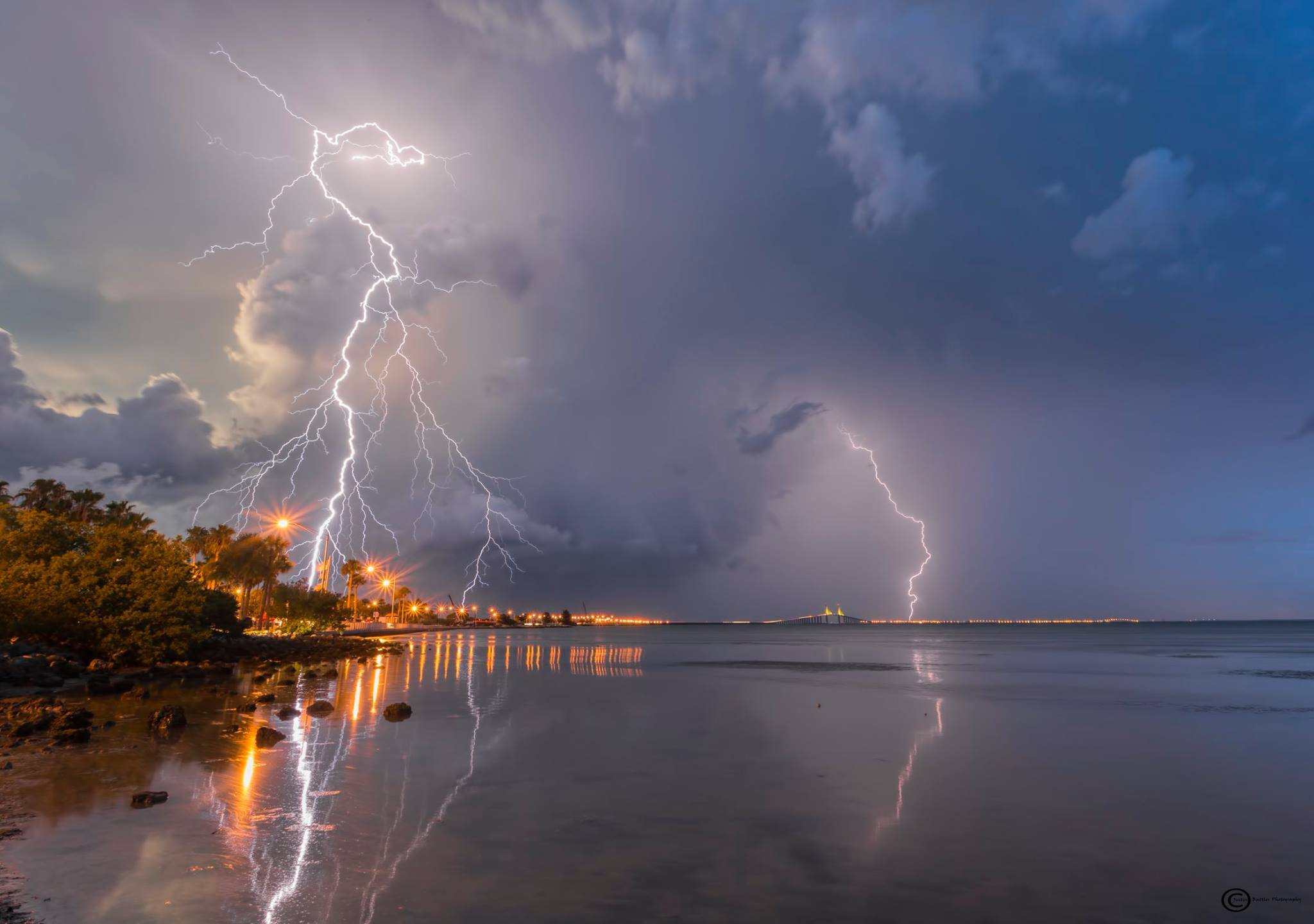 lightning picture, best lightning picture, incredible lightning picture, lightning picture justin battles, lightning picture florida, lightning picture florida july 2016