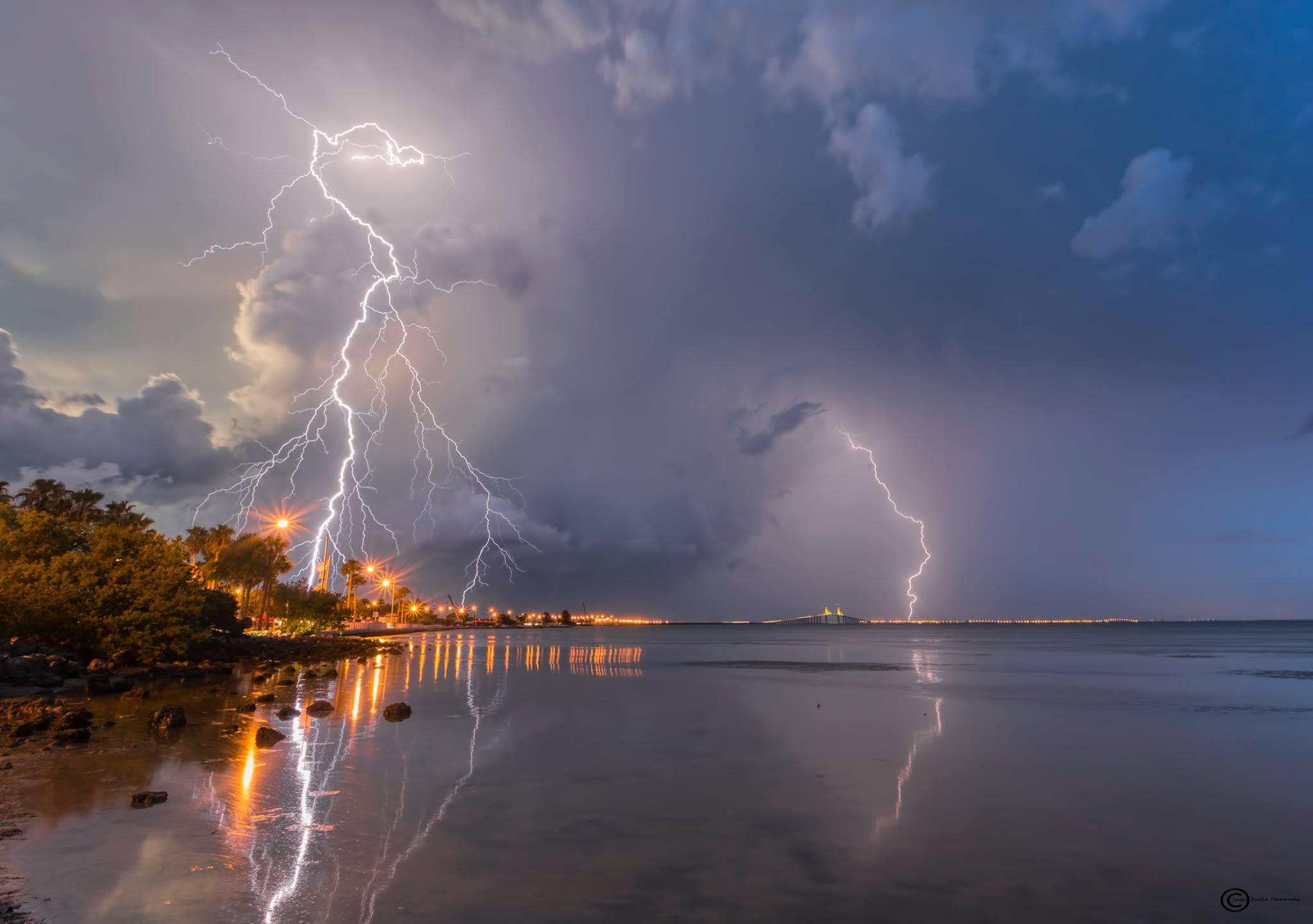 lightning picture, best lightning picture, incredible lightning picture, lightning picture justin battles, lightning picture florida, lightning picture florida july 2016