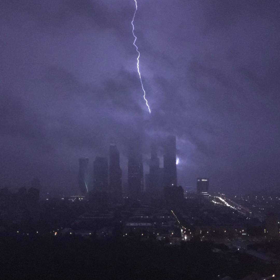 moscow thunderstorm, moscow thunderstorm july 2016, moscow thunderstorm july 13 2016, moscow thunderstorm video, moscow thunderstorm pictures