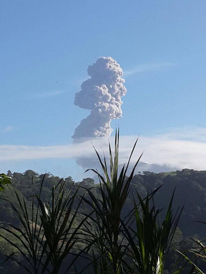 turrialba eruption july 2016, turrialba eruption july 2016 video, turrialba eruption july 2016 picture