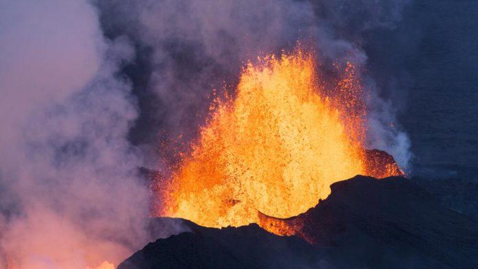 turrialba volcano eruption, turrialba volcano eruption video, volcano video, volcanic eruption video, volcanic eruption video july 2016
