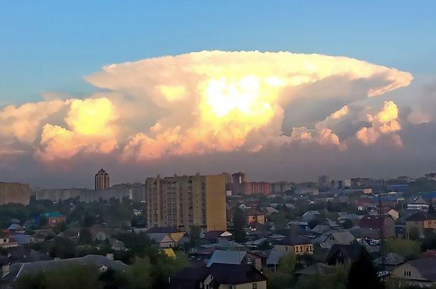 Gigantic Chernobyl Sky terrifies residents of Tyumen ...