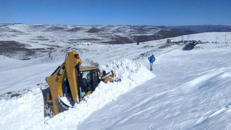 lesotho snowstorm, largest lesotho snowstorm august 2016, lesotho snowstorm august 2016picture, lesotho snowstorm video, lesotho snowstorm pictures