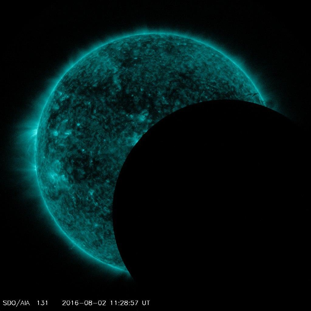 lunar transit new moon, sdo lunar transit new moon, lunar transit new moon august 2016, lunar transit, new moon, august 2 2016