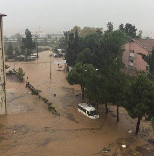 tacchino alluvioni, inondazioni tacchino, tacchino tempesta, pioggia tacchino