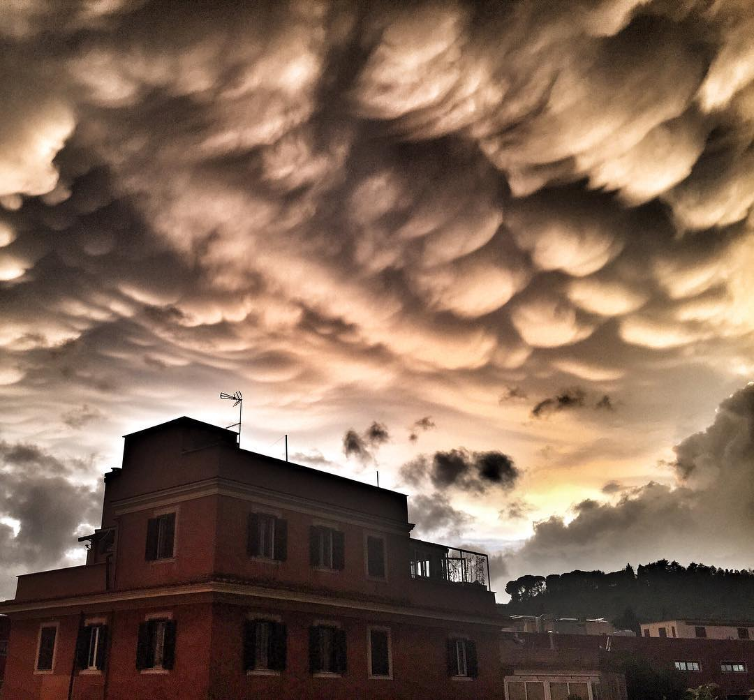 mammatus, mammatus rome, mammatus rome sunset, mammatus clouds rome sunset september 17 2016
