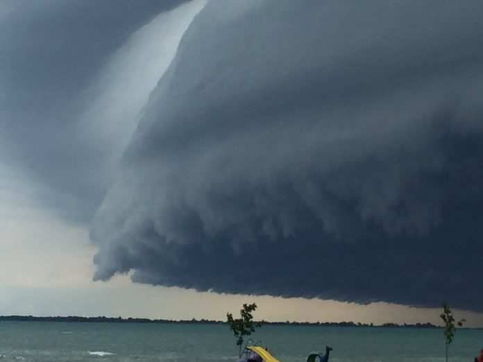 shelf cloud, shelf cloud michigan, shelf cloud pictures