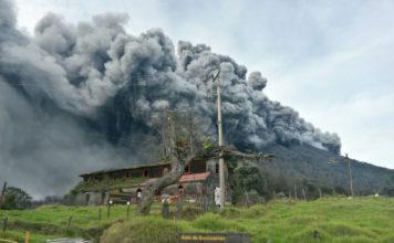 turrialba eruption, turrialba eruption closes airports, airport close after turrialba volcano, turrialba volcano eruption costa rica, turrialba eruption september 19 2016