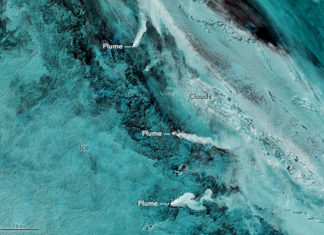3 volcanoes erupt simultaneously in southern ocean, volcano eruption South Sandwich Islands, South Sandwich Islands volcanic activity, 3 volcanoes erupt simultaneously
